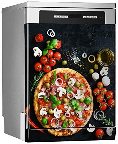 Megadecor decoratief vinyl voor vaatwasser, afmetingen standaard 67 cm x 76 cm, Italiaanse pizza en ingrediënten op een zwart bord.