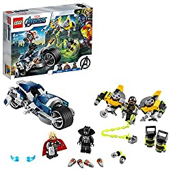 Features Black Panther's super-cool, stud-shooting motorcycle, a mech jetpack, two canisters of deadly material and armoury of weapons Includes three minifigures: Black Panther, Thor and an AIM Agent, plus his jetpack with stud shooters, saw blades, ...