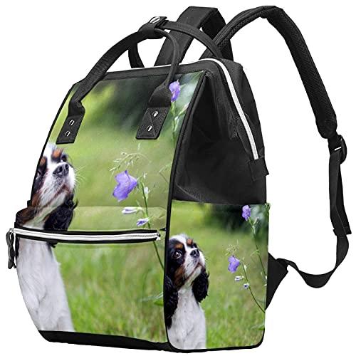 WJJSXKA Mochilas Bolsa de pañales Laptop Notebook Mochila de viaje Senderismo Daypack para Mujeres Hombres - perro mirando las flores en el jardín