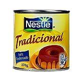 Leite Condensado Tradiconal NESTLÉ -- Lait concentré sucré, boîte de 370 g. C'est un excellent ingrédient pour les desserts et gâteaux.