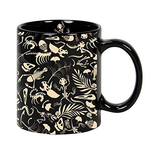 VOODOO ISLAND Tasse mug Petit-déjeuner de céramique Noire 32 cl. Modèle Fósiles