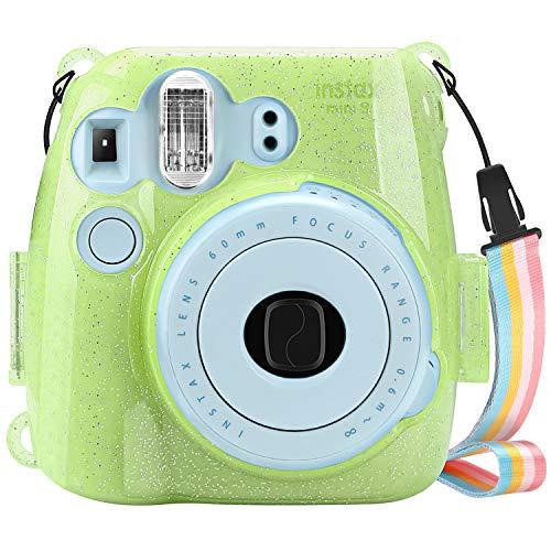 Fintie Tasche für Fujifilm Instax Mini 9 Mini 8 Mini 8+ Sofortbildkamera - Ultradünne PVC Hartschale Schutzhülle Reise Kameratasche Abdeckung mit Regenbogen abnehmbaren Riemen, Schimmernd Grün