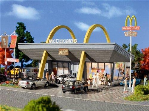 7765 - Vollmer N - McDonald's Restaurant