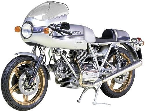 1 12 Ducati 900 SS (Model Car)