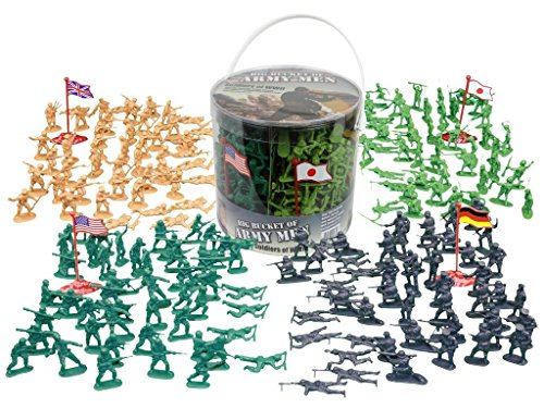 Army Men Action Figures - 200+ WWII Toy Soldiers - 26 Unique World War 2 Military Men Playset in Realistic Poses