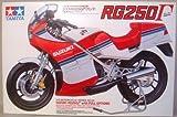 Tamiya Model Plastic Kit Moto Suzuki Rg250 F 1:12