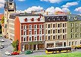 Faller FA232389 2 sanierte Stadthäuser mit Ladengeschäften Modellbausatz, verschieden -