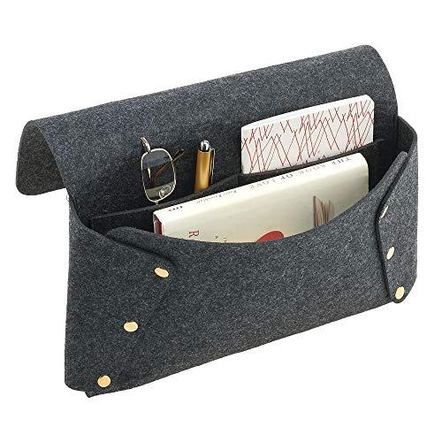 mDesign Organizador de cama de fieltro – Bolsa colgante de poliéster con dos compartimentos – Bolsillos colgantes para guardar gafas de lectura, libros, periódicos, etc. – gris oscuro y dorado
