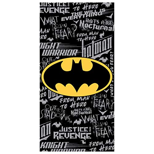 Toalla oficial de DC Comics. 100 % algodón, 70 x 140 cm aprox. Toalla con logotipo de Batman rodeada por Graffiti Style Batman Slogans