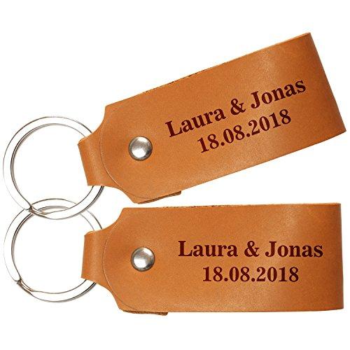 Schlüsselanhänger-Set Cognac – Fernbeziehung: Zwei Leder Schlüsselanhänger mit Namen, Wunschtext, Kompass und Koordinaten Gravur – Valentinstag oder Jahrestag Geschenk für den Freund