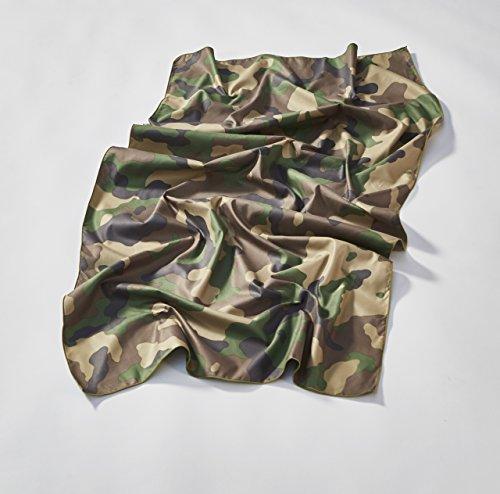 THEYE badhanddoek voor strand, sportschool en sport, groen camouflage patroon