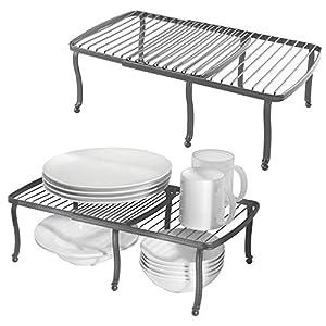 mDesign Juego de 2 repisas ajustables para interiores de armarios de cocina – Práctica balda extensible de metal para ampliar el espacio de guardado – Estante para platos antideslizante – gris oscuro