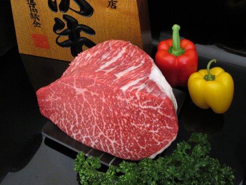 最高級熟成米沢牛 A5等級メス モモ肉 ブロック 約500g (重さは数量で調整 例:2 = 約1kg)