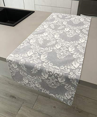 1KDreams tafelkleed. Elegant, modern design met arabesken en bladeren.