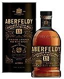 La distilleria Aberfeldy utilizza ancora oggi metodologie di produzione tradizionali, stabilite tra il 1896 ed il 1898 dai suoi fondatori John e Tommy Dewar Per la produzione viene utilizzata l'acqua del Pitilie Burn, un piccolo fiume dello Speyside ...