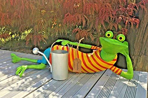 villa-lilla Frosch liegend mit Gieskanne, Handarbeit, Metall, Skulptur
