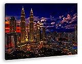 deyoli Kuala Lumpur in Malaysia bei Nacht Format: 80x60