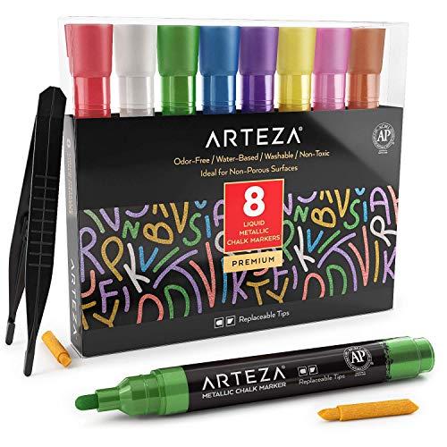 Arteza Rotuladores metalizados de tiza líquida   Set de 8 marcadores de tiza   8 colores metálicos  Incluye pinzas + 50 etiquetas + 2 plantillas adhesivas   Rotuladores de tiza para cristal y pizarra