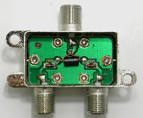 『コアウェーブ アンテナ2分配器 BS/CS/UHF/VHF/FM/地デジ対応 全端子通電型 CW-147TV』のトップ画像