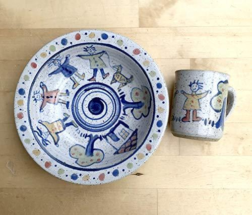 Kindergeschirr-tiefer Teller und kleine Tasse getöpfert, bemalt