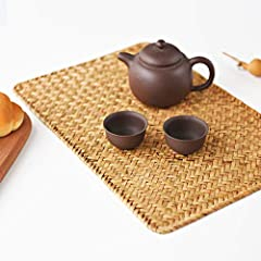 "★ Placemats Size: 430mm x300mm (17"" x12""), set of 4, meet your different needs. ★ Material: Made of 100% seagrass, sturdy wire around, provide you durable quality and natural touch. Application: Suitable for bowls, cutlery, tea sets, teapots, pots, e..."