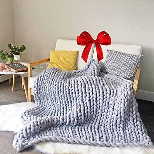 "Hygge & Cwtch Chunky Knit Blanket Throw | Hand Made Knitted Heavy Thick Vegan Yarn | Free Storage Bag | Accent Home Decor Gift for Farmhouse Couch Bench Bed (50""x60"", Light Gray) 2019"