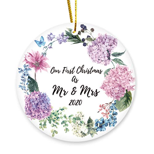 SEUGKE 2020 Our First Christmas As Mr & Mrs Ornament Romantic Our 1st Christmas Ornament Married Gift Newlyweds Ceramic Keepsake Present for Wife Husband Couples- 3 INCH Flat Round Ceramic Ornament