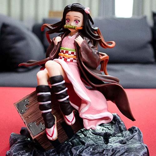 Demon Slayer Kamado Nezuko Seduto su Una Valigia Anime Figure Cartoon Game Character Model Statue Figure Toy Collezionismo Decorazioni Preferito dai Fan Anime Regalo per Bambini per Ragazzo