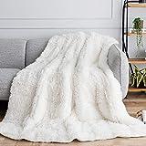 Uttermara Shaggy Faux Fur Weighted Blanket 15lbs, Super Soft Plush Fleece and Cozy Sherpa Reverse, Decorative Long Fur Throw Blankets 60'x80' Cream