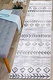 Rugshop Geometric Bohemian Waves Design Runner Rug 2' x 7' Gray