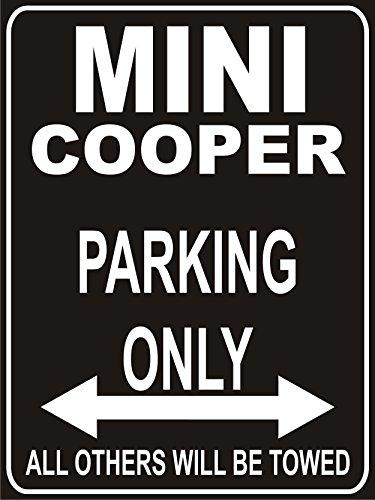INDIGOS UG - Parkplatz - Parking Only Mini Cooper - Parkplatzschild