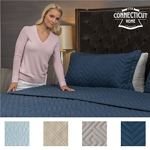 The Connecticut Home Company Original Luxury Bedspread Quilt Collection (King), 3-Piece with Shams, Oversized & Thick, Quilted Pattern, Top Decorator Choice, Machine Washable (Navy Chevron)