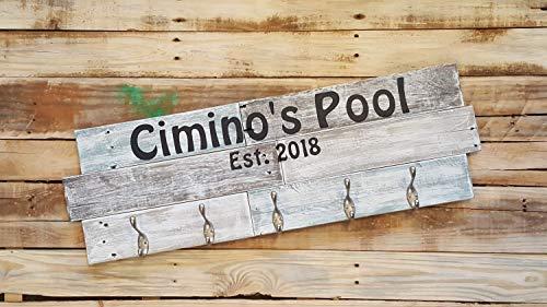 Rea66de Personalisierbarer Pool Handtuchhalter Pool Established Schild Pool Handtuchhalter mit Haken aus recyceltem Holz Pool Handtuchhalter Pool Handtücher Schild