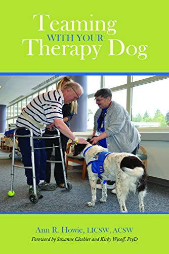 Teaming With Your Therapy Dog (New Directions in the Human-Animal Bond) (English Edition)