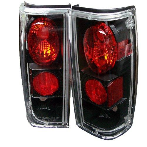 Spyder Auto ALT-YD-CS1082-BK Chevy S10/S10 Blazer/GMC Jimmy/GMC Sonoma/Oldsmobile Bravada Black Altezza Tail Light
