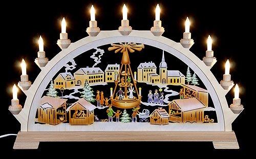 Schwibbogen Weihnachtsmarkt mit Pyramide, farbig - 65x40 cm