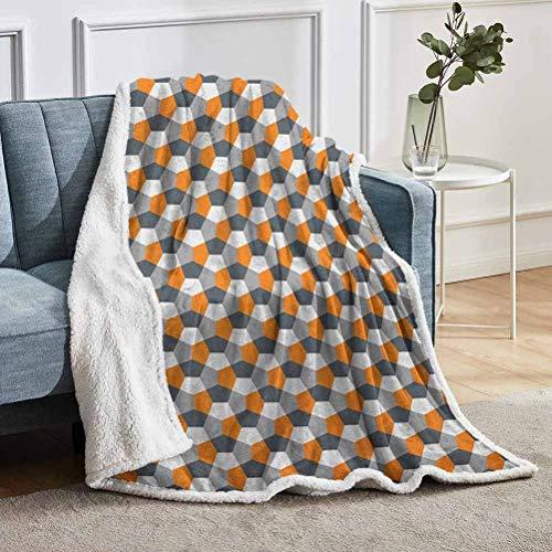 YUAZHOQI - Manta de forro polar abstracta, estilo moderno, diseño de origami inspirado en mosaico con formas hexagonales, manta difusa para sofá de 129,5 x 180,3 cm, gris carbón gris naranja