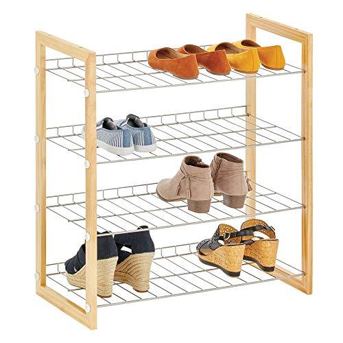 mDesign ruimtebesparend schoenenrek met 4 planken, schoenenrek van metaal en hout, praktisch schoenenrek voor gangen, kast of slaapkamer Natuurlijk.