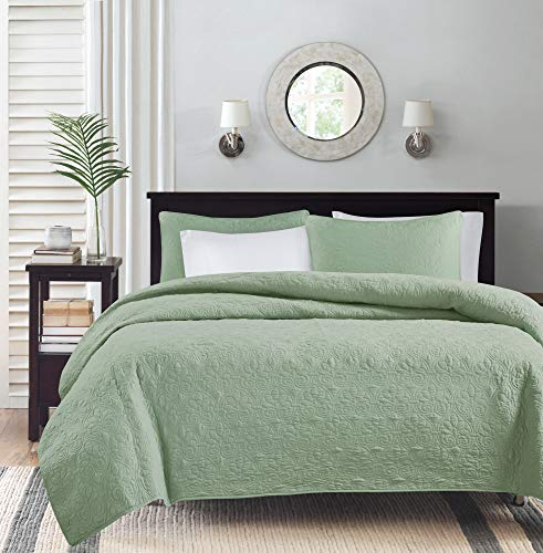"""Madison Park Quebec Quilt Set - Luxurious Damask Stitching Design Anti-Microbial, Cotton Filled Lightweight Coverlet Bedspread Bedding, Shams, Full/Queen(90""""x90""""), Green 3 Piece"""