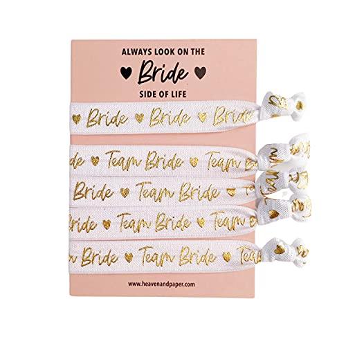JGA 5 Armbänder im Set (4+1) Team Bride für Junggesellinnenabschied Braut weiss mit goldener Schrift, elastisch, weich und hochwertig (1 Bride/4 Team Bride)
