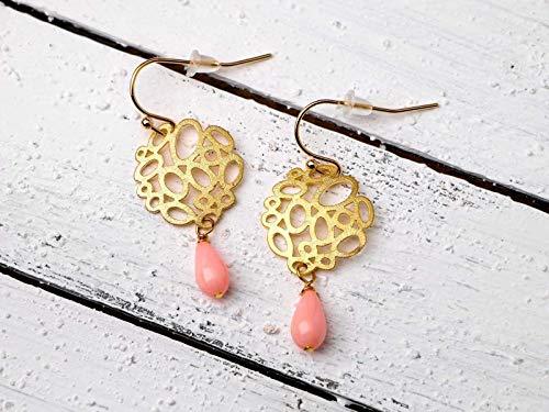 Koralle-Ohrringe gold-rosa, runde Ohr-Hänger matt-vergoldet mit pink Tropfen, leicht, zierlich, Geschenk für Sie