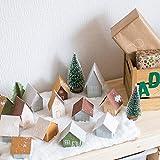 KATELUO 9Stück Mini Grün Tannenbaum,Künstlicher Weihnachtsbaum Miniatur,Mini Weihnachtsbaum Künstlicher,Weihnachtsbaum Schnee Klein mit Holzsockel,für Weihnachtsdeko/Tischdeko/DIY/Schaufenster,3Größen - 3