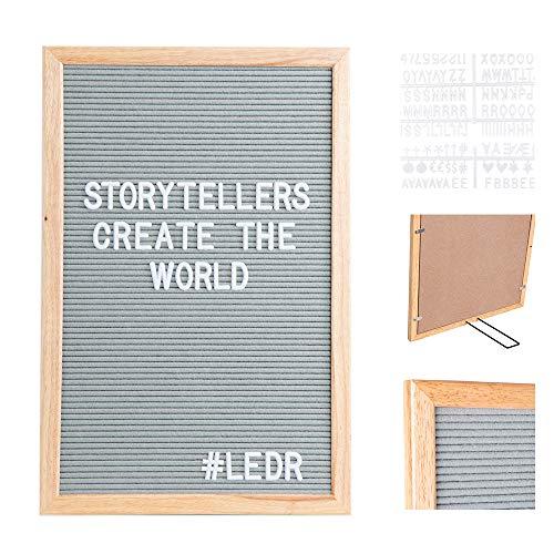 LEDR - Letter Board aus Holz und Filz 30 x 45 cm - Grau/Natur | Buchstaben Tafel Buchstabenbrett Rillentafel Stecktafel mit 354 Weißen Buchstaben & Zahlen und einstellbar Ständer - Retro Design …