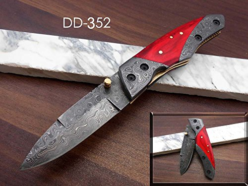 Hand Forged Damascus Steel Folding Knife, Beautifully Hand Crafted Red Wood Scale with Damascus Steel, Cow Hide Leather Sheath Included