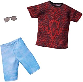 مجموعة أزياء باربي: ملابس كين دول مع تي شيرت احمر واسود وشورت واكسسوار واحد