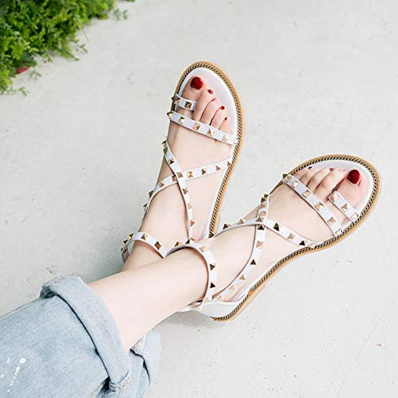 Shukun Sandalen für Damen Sandalen Sandalen Sandalen weibliche Flache Unterseite Sommer Persönlichkeit Student Fairy Wind Rivet Urlaub römische Schuhe  546d60