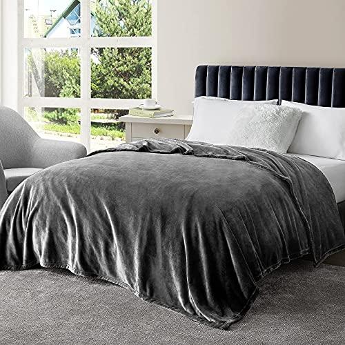 EHEYCIGA Kuscheldecke – weiche und warme Decke Sofa, Fleecedecke Dunkelgrau 150 x 200 cm als Sofadecke, Couchdecke oder wohndecke, XL extra Flauschige Kuschel Decke