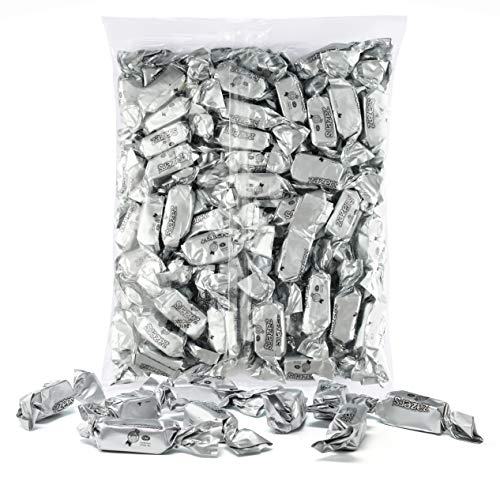 Silver Foils Chewy Taffy Candy, 1-Pound Bag of Silver Color Themed Kosher Candies Individually Wrapped Pineapple Fruit-Flavored Taffies (NET WT 454g, About 63 Pieces)