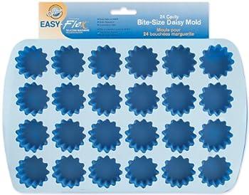 Wilton Easy Flex Silicone 24-Cavity Bite Daisy Pan