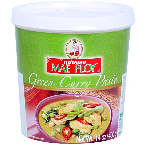 Mae Ploy Green Curry Paste, Authentic Thai Green Curry Paste for Thai Curries & Other Dishes, Aromatic Blend of Herbs, Spices & Shrimp Paste, (14oz Tub)